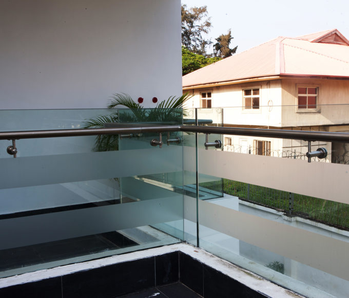 Easy Glass with Offset Toprail